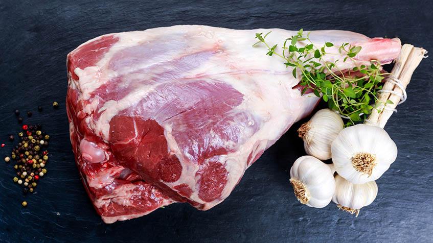 Come cucinare l'agnello in padella